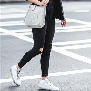 Spanx Distressed Jeans black Slimming ❣️